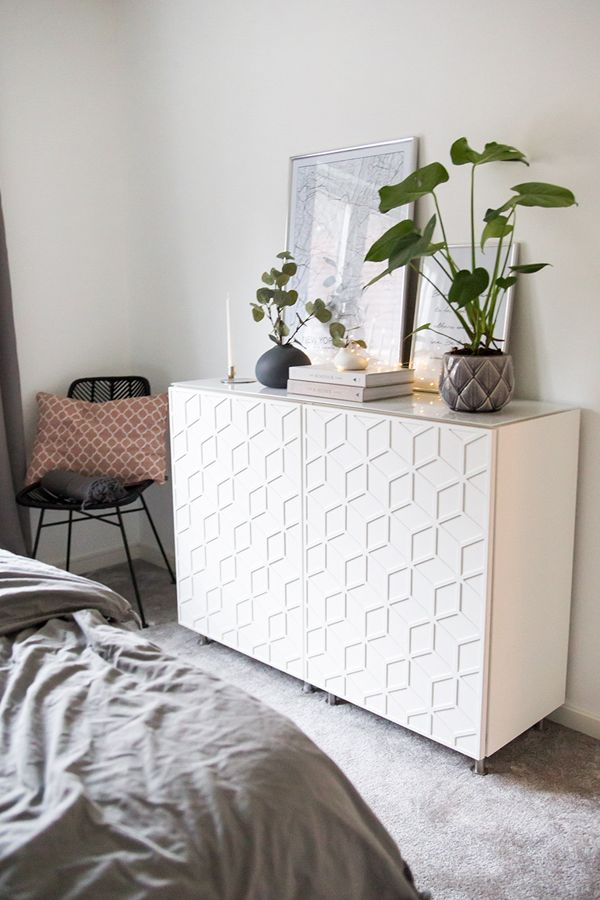 Metod cabinet from IKEA decorated with our decor Elli. Fits doors 60 x 80 cm,   Photo: Angelica Sandberg