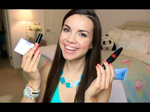 Makeup Starter Kit - missglamorazzi.   Good list of basic products.