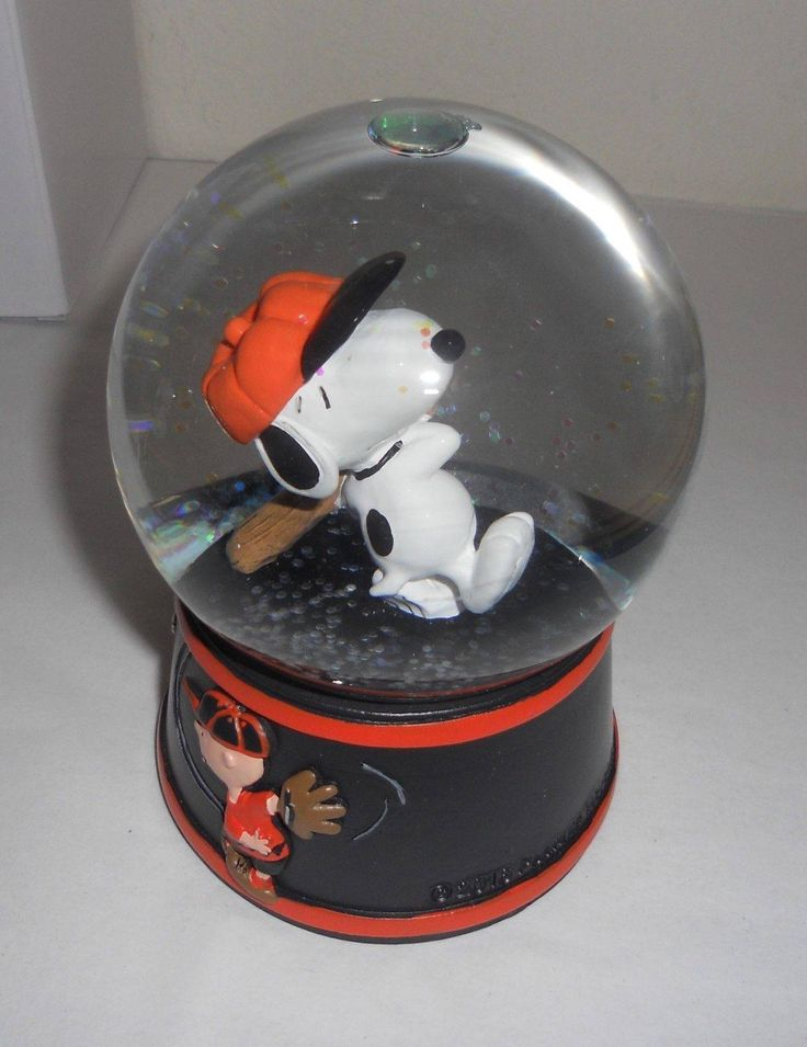 nice SGA eight/15/2016 SF GIANTS Peanuts Snoopy Snowglobe Snow Globe new in field Check more at https://aeoffers.com/product/sporting-goods/sga-eight152016-sf-giants-peanuts-snoopy-snowglobe-snow-globe-new-in-field/