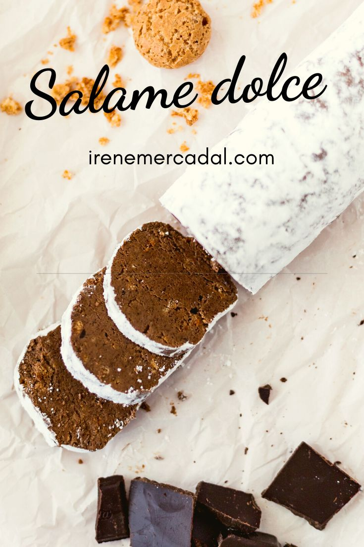 El salame dolce es una delicia tipica italiana ¿Quieres ver la receta?  #salamedolce #recetasalamedolce #postreitaliano Irene, Candy, Mini, Desserts, Food, Gourmet, Frases, Chocolate Mix, Italian Desserts