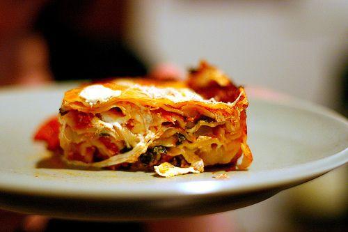 Smitten Kitchen - Baklasagne. Thousand-layer lasagne with super-thin ...