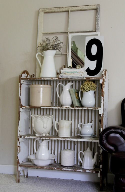 metal back....clever way to make a wonky shelf more stable