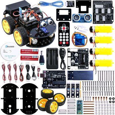 Una descrizione di  Elegoo Arduino UNO Progetto di una Piccola Robot Auto Car V2.0 con Tutorial in Inglese con UNO R3, Modulo Segui Linea, Sensore a Ultrasuoni, Modulo Bluetooth ecc. è un kit educativo per principianti(bambini) per toccare con mano la programmazione arduino, assemblare ed avere conoscenze con I'elettronica. È una soluzione alternativa per imparare a creare dei robot con Arduino.
