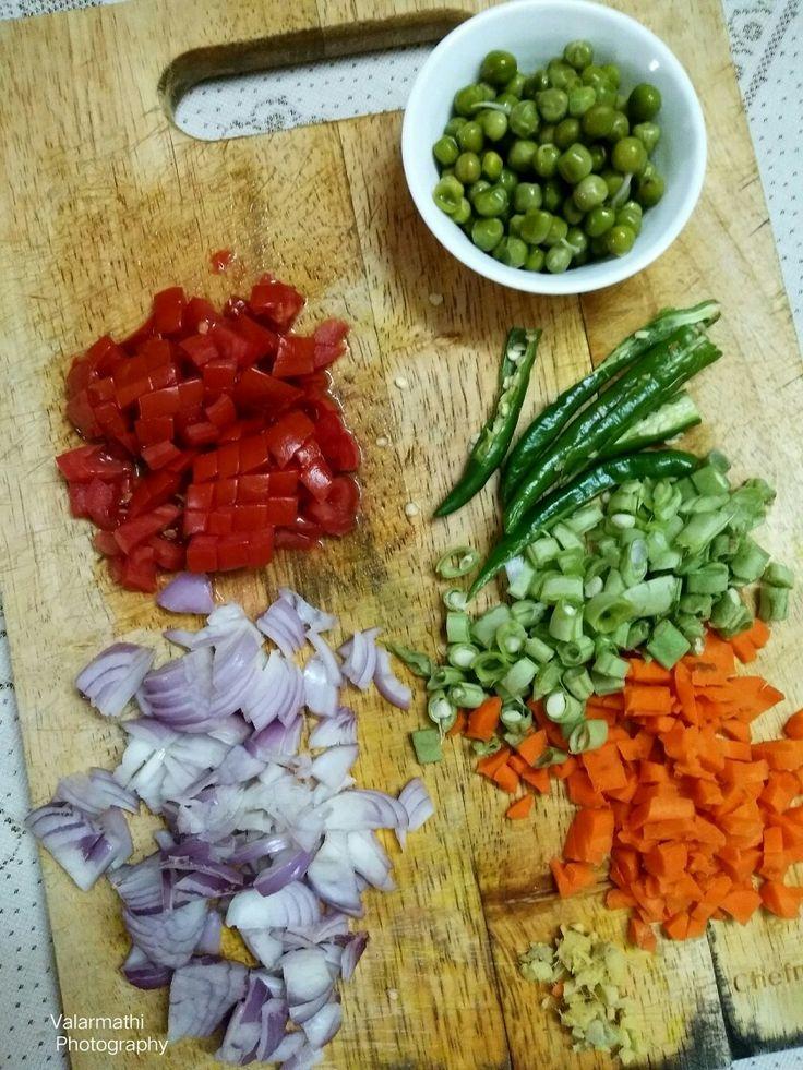 Love colours in my food.  Making Rava kichadi