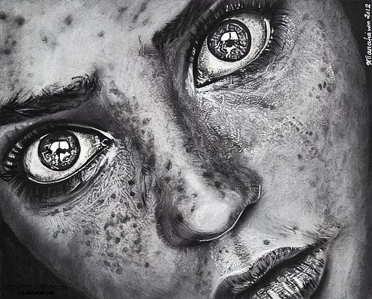 Realistic-Portraits-by-Christina-Papagianni-11.jpg 540×435 pixels