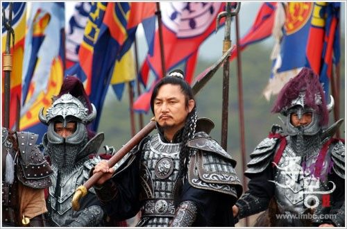 """Jumong(Hangul:삼한지-주몽 편;hanja:三韓志-朱蒙篇주몽;RR:Samhanji-Jumong Pyeon; lit. """"The Book of the Three Hans: The Chapter of Jumong"""") is a South Koreanhistorical period dramaseries that aired onMBCfrom 2006 to 2007. The series examines the life ofJumong, founder of the kingdom ofGoguryeo. Few details have been found in the historical record about Jumong, so much of the series is fictionalized. 주몽의 충신  부위염 윤용현"""