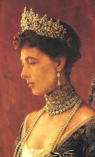 Queen Sophie of the Hellenes, nee Princess Sophie of Prussia, granddaughter of Queen Victoria, wearing a diamond tiara of unknown maker, probably a wedding present on the occasion of her marriage to then Crown Prince Constantine. Still in her family, worn by Crown Princess Marie Chantal.