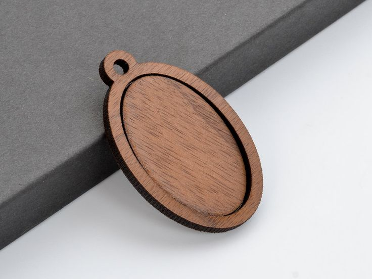 """1"""" x 1.5"""" Embroidery Hoop Vertical Oval Pendants Large 25mmx38mm Laser Cut from Walnut Wood EHPVO-2538-W"""