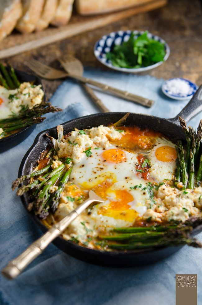 Baked Eggs in Italian Tomato Sugo with Asparagus, Fennel and Ricotta | Chew Town…