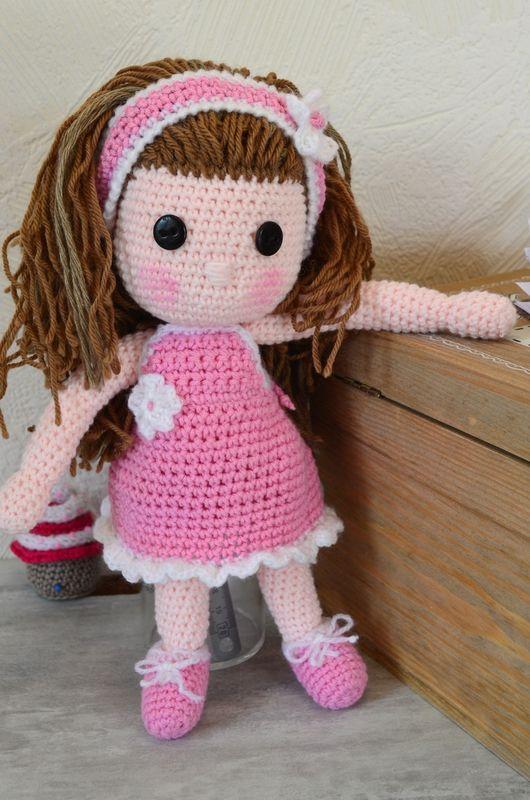 Rose , poupée au crochet