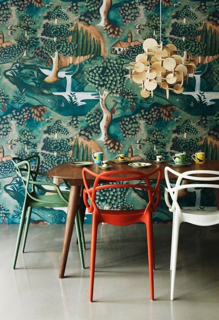 Wow! I LOVE the wallpaper!