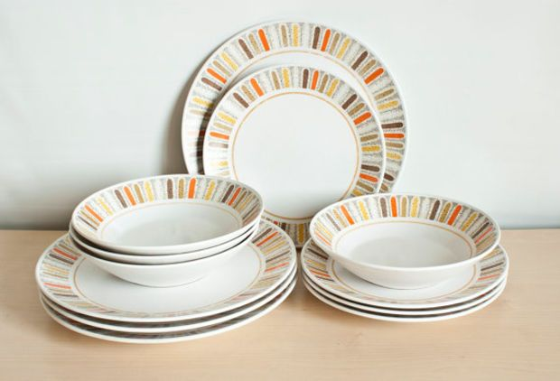 Mid Century Noritake Progression 12 Piece Dinnerware, Mardi Gras Pattern 4 Place Setting with Dinner Salad Plates, Soup Bowls, Made in Japan