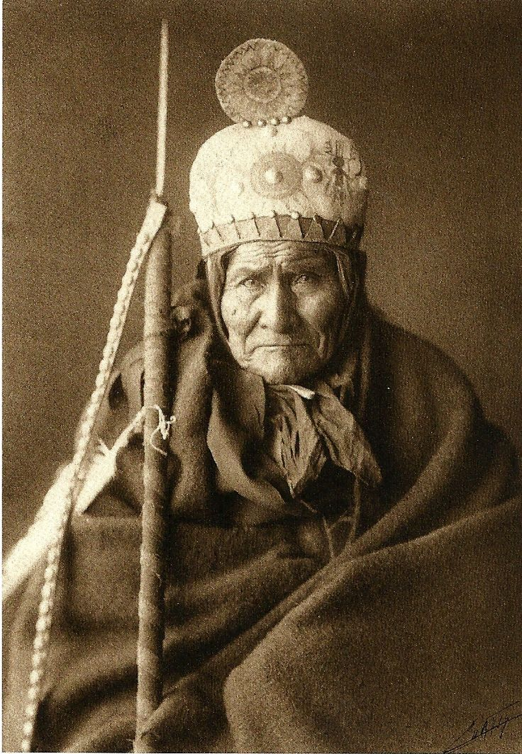 Geronimo, Chiricahua Apache Chief (1905) - Edward Curtis: American Indians, Edward Curtis, Geronimo, Native Americans, Apache Chief, Nativeamerican, Chiricahua Apache, Chief 1905