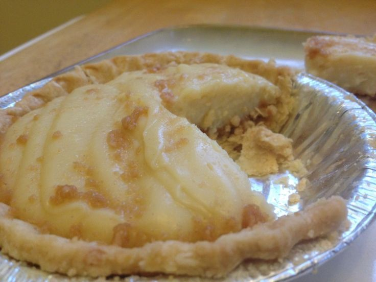 Authentic Amish Peanut Butter Pie - Amish Recipes Oasis Newsfeatures