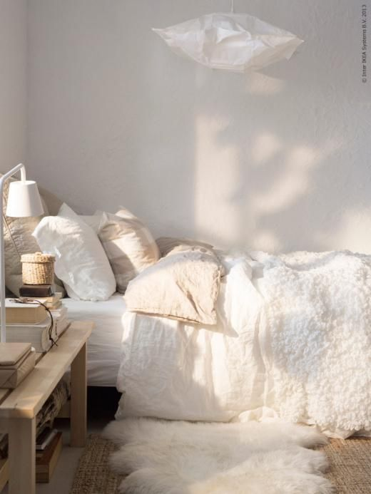 neutral tones in bedroom and lovely sunlight