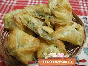Fagottini di pasta sfoglia e verdure