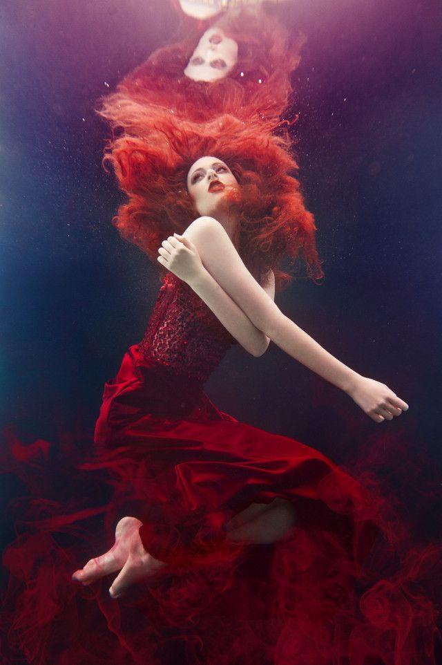 Photographer: Beth Mitchell Designer: Begitta Hair/Makeup: Kylie's Professional Model: Brooke Jamieson