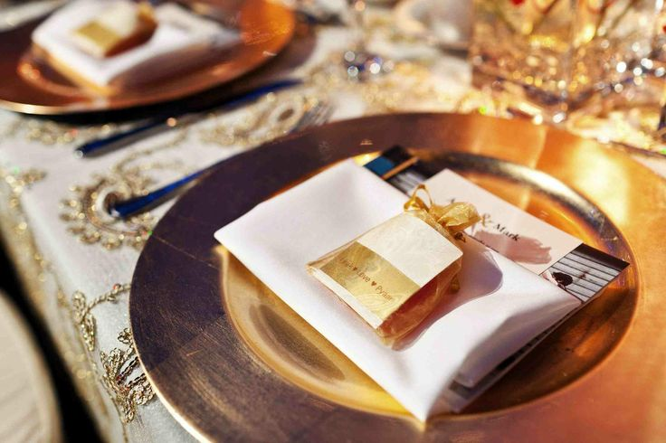Traditional English Wedding Gifts: 25+ Best Ideas About Indian Wedding Favors On Pinterest