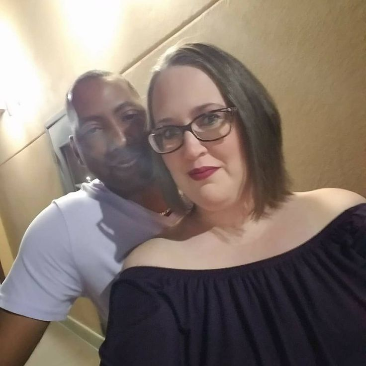 Chat with Interracial Singles
