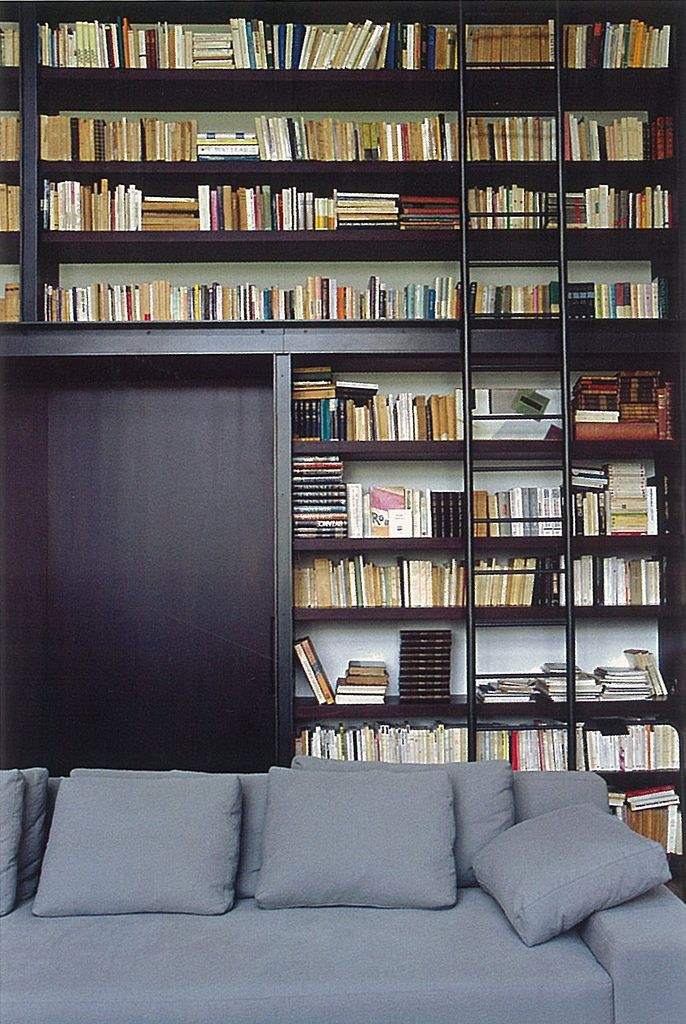 I don't know what the obsession with pretty books is? All you need is a good eye and a little staging and nearly any book can be part of the aesthetic. I love the ladder.