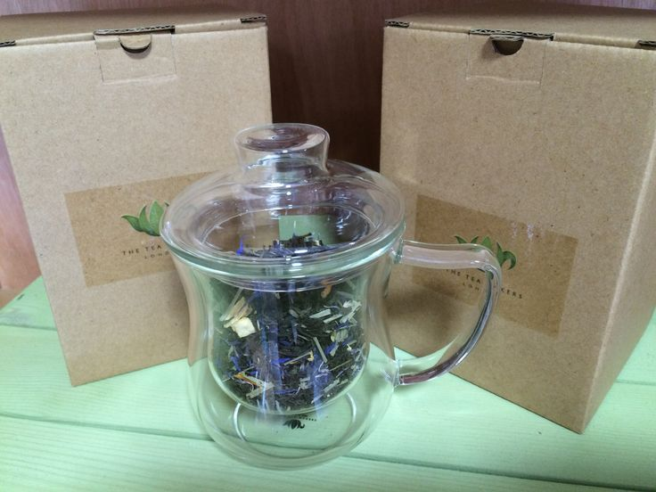 Enjoy your favourite loose leaf tea in this 300ml glass cup with infuser. Made from heat resistant borosilicate glass, the lid can be used to hold the strainer after steeping. Easy to use in the office or home and an ideal gift for any tea lover #tea #looseleaf