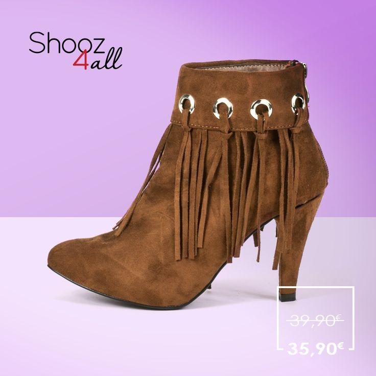 Γυναικεία μποτάκια με κρόσια! http://www.shooz4all.com/el/gynaikeia-papoutsia/gynaikeia-mpotakia-me-krosia-oh071-detail #shooz4all #mpotakia #krosia