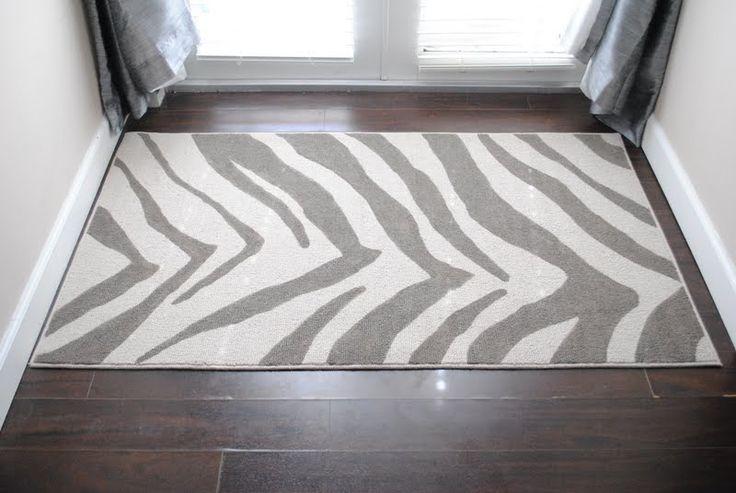 jandjhome: DIY Zebra Painted Rug: Zebras Stripes, Diy'S Rugs, Diy'S Zebras, Decoration, Zebras Rugs, Paintings Rugs, Zebras Paintings, Zebras Prints, Painted Rug