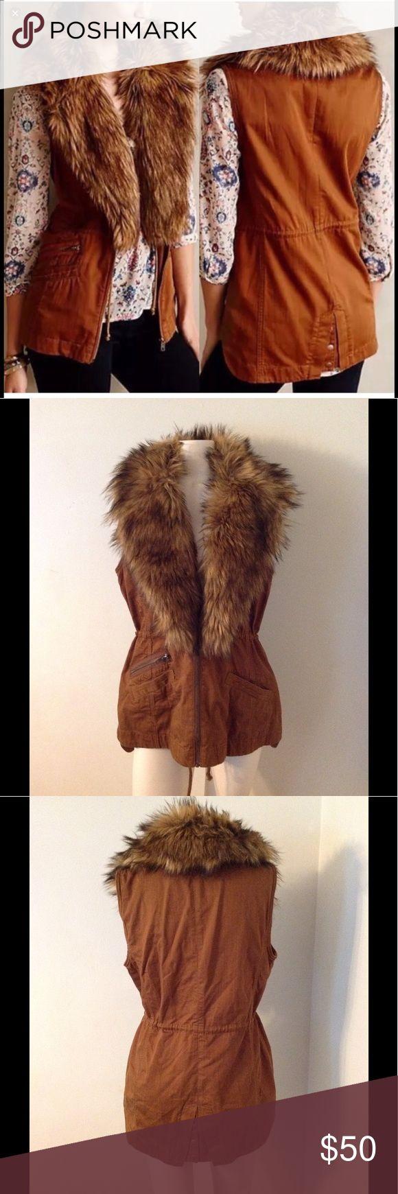 Anthro Hei Hei Faux Fur Vest M Beautiful Hei Hei vest from Anthropologie. Faux Fur is detachable. Great condition Anthropologie Jackets & Coats Vests