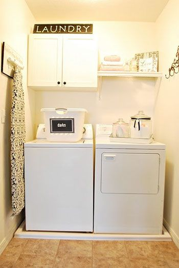 laundry room ideas | 10 Cozy Laundry Room Decorating Ideas | Shelterness