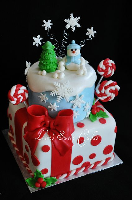 Gorgeous snowman/winter wonderland cake!