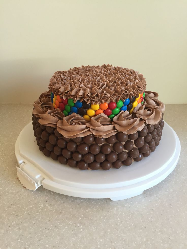 Chocolate cake, Nutella buttercream with maltesers and m&m's