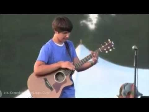 Best Guitar Musician Ever - Hands of Guitar God - YouTube
