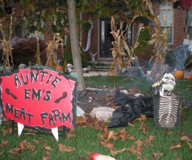 Halloween Yard Decorations Home Ideas Pinterest Halloween yard