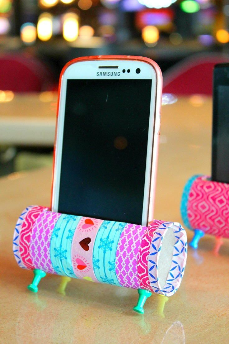 Diy Phone Stand Toilet Paper Roll Craft Diy Craft Projects Diy Phone Holder Cheap Crafts