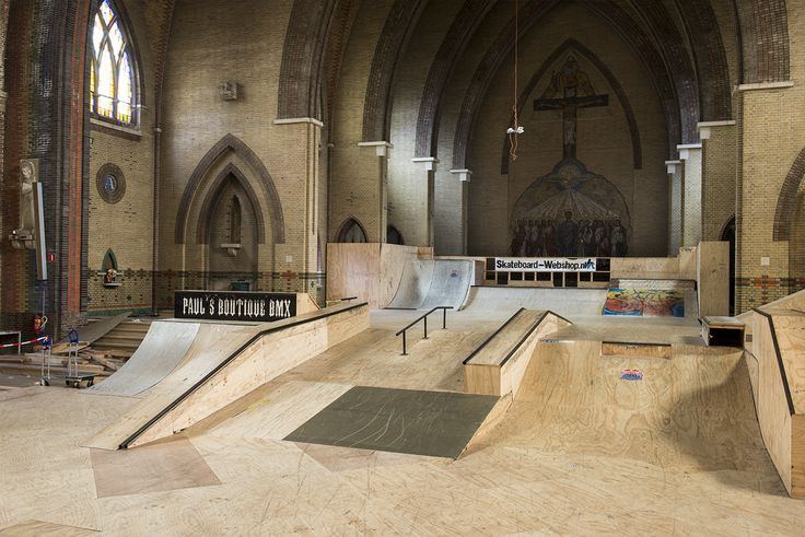Church-Skatehal-Arnhem-2015-Netherlands-skatepark-4.jpg (1500×1001)