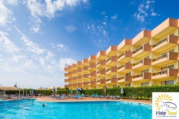 24% reducere doar azi. Profita acum si mergi in Ibiza, la Aparthotel Ibiza Mar: 2 adulti, 10.06.2016, 7 nopti, zbor din Bucuresti, pret de la 497€ de persoana http://www.viotoptravel.ro/oferta/aparthotel-ibiza-mar-charter-avion-ibiza-2016/transport/avion/dest/ibiza-795.html