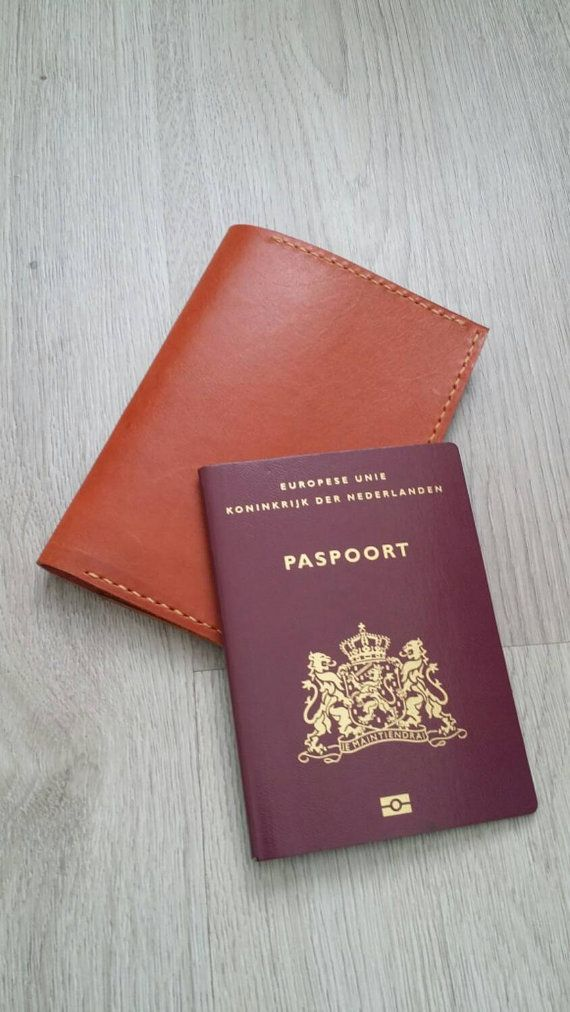 Check out this item in my Etsy shop https://www.etsy.com/nl/listing/243072310/leather-passport-holder-passport-wallet