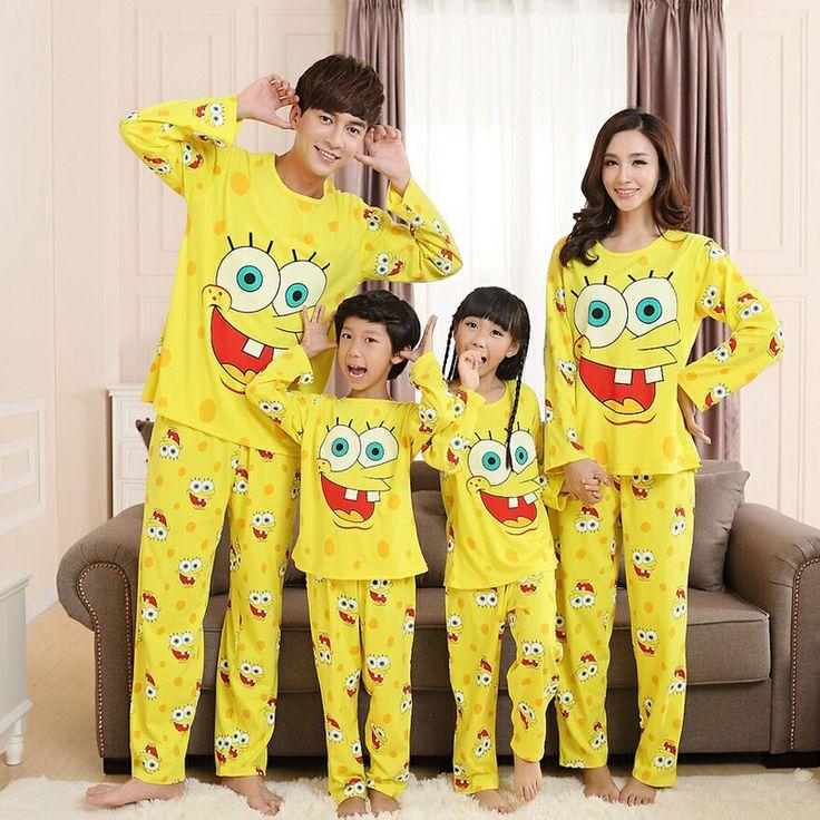 Family matching pajamas cute Spongebob sleepwear family look long sleeve ropa mama e hija 2pcs pajama sets pigiama christmas