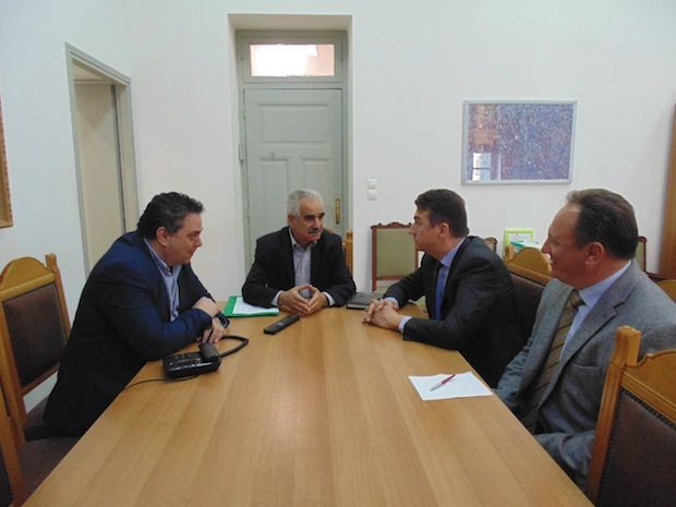 Επίσκεψη στον Αντιπεριφερειάρχη Ηρακλείου του Σέρβου Πρέσβη