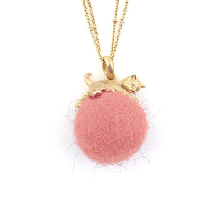 Kitten with Wool Ball Pendant - Vintage Pink
