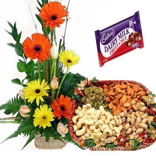 Flowers with Dryfruit : buy flowers online, buy cake online, send flowers, cakes to India