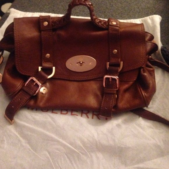 Mulberry bag, with dust bag, and strap. I don't have both the receipt and the bag card Mulberry Bags