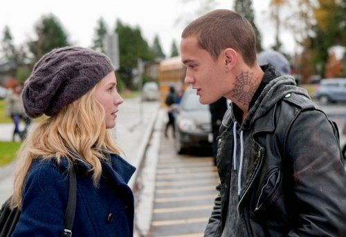 Life Unexpected ... TV Show ... Britt Robertson and Rafi Gavron as Lux and Bug