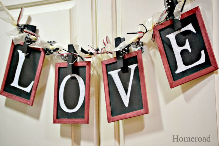 Chalkboard Banners and Labels at the Michaels Pinterest Party www.homeroad.net