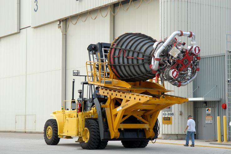 Space Shuttle main engine on a special #Hyster forklift