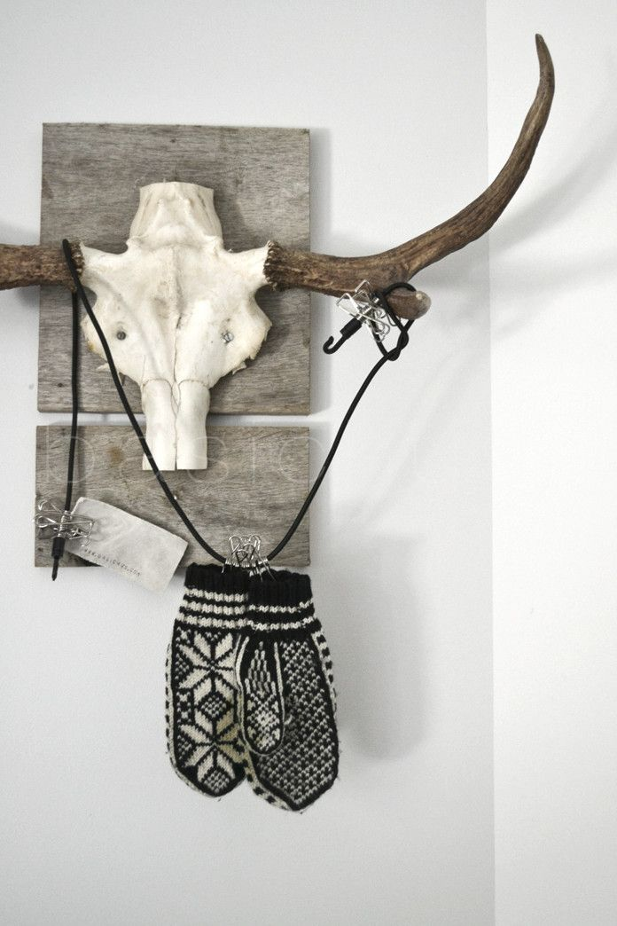 reclaimed wood antler hanger