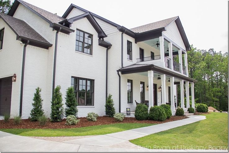Top Five Trends From The 2016 Parade Of Homes Beautiful Curb Appeal To This House B Curb