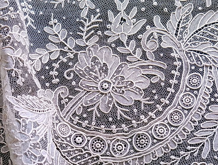 alen on lace from normandy is the most elaborate needle point lace ever produced in france. Black Bedroom Furniture Sets. Home Design Ideas