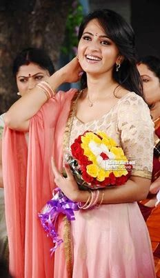 Anushka Shetty- anushka,anushka hot,anushka photos,Latest News,movies,Wallpapers,Photos, Videos: anushka shetty hottest