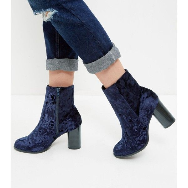New Look Navy Velvet Block Heel Ankle Boots (£30) ❤ liked on Polyvore featuring shoes, boots, ankle booties, navy, block heel booties, zipper booties, short boots, velvet boots and velvet booties